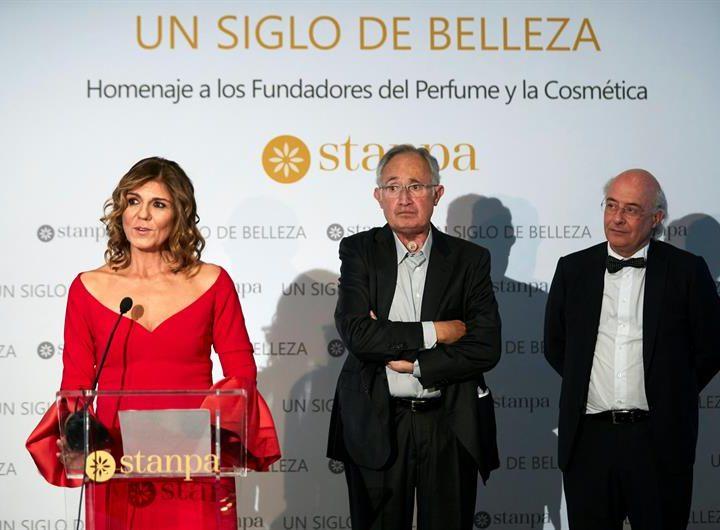 La Asociación Nacional de Perfumería y Cosmética ha rendido homenaje a todos los fundadores de la perfumería