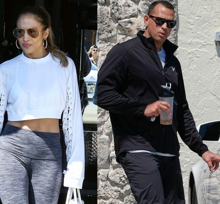 Jennifer Lopez presumió un nuevo anillo de diamantes que confirmaría su compromiso con Alex Rodríguez